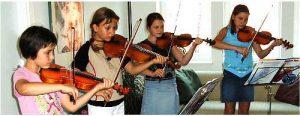 Gemeinsame Musizierstunde mit Judith, Joana, Sonja und Elisa