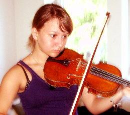 Joana, 14 Jahre, spielt Geige seit 5 Jahren