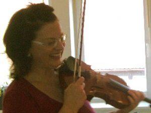 Sabine Gottwald, spielt seit etwa 17 Jahren Geige